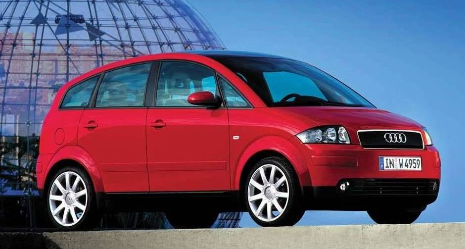 AUDI A2 red