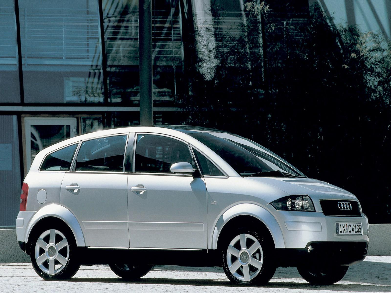 AUDI A2 silver