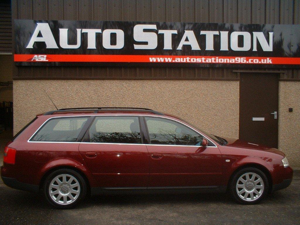 AUDI A6 1.8 T QUATTRO red