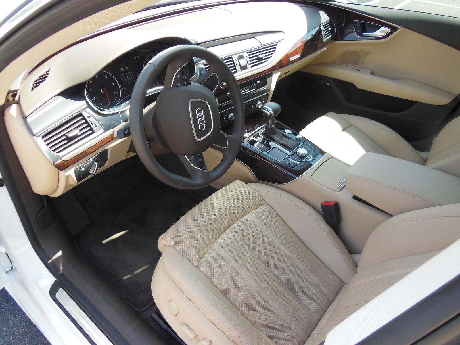 AUDI A7 QUATTRO interior