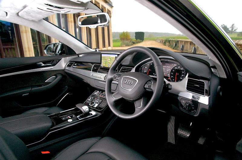 AUDI A8 3.0 interior