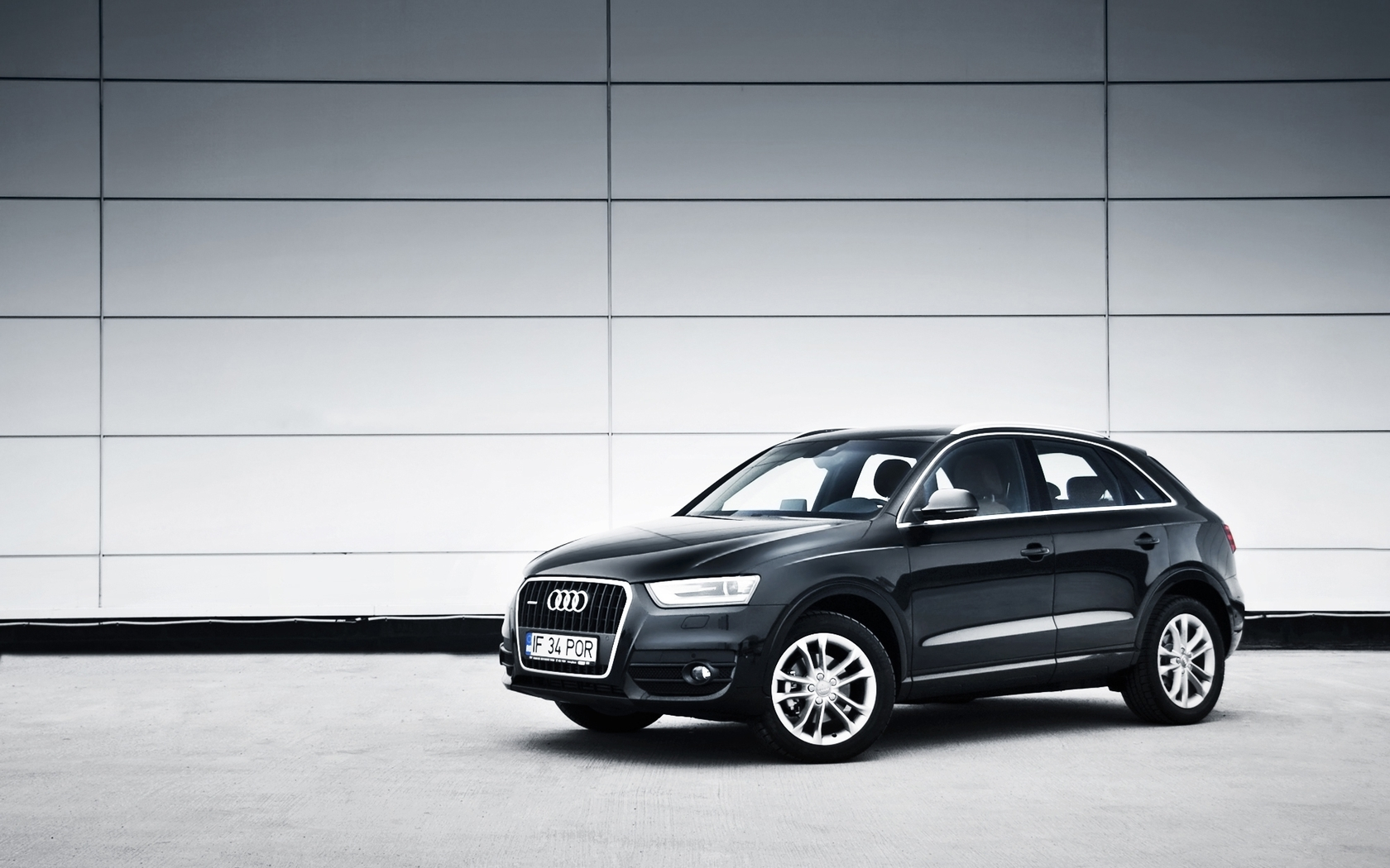 audi q3 review and photos. Black Bedroom Furniture Sets. Home Design Ideas