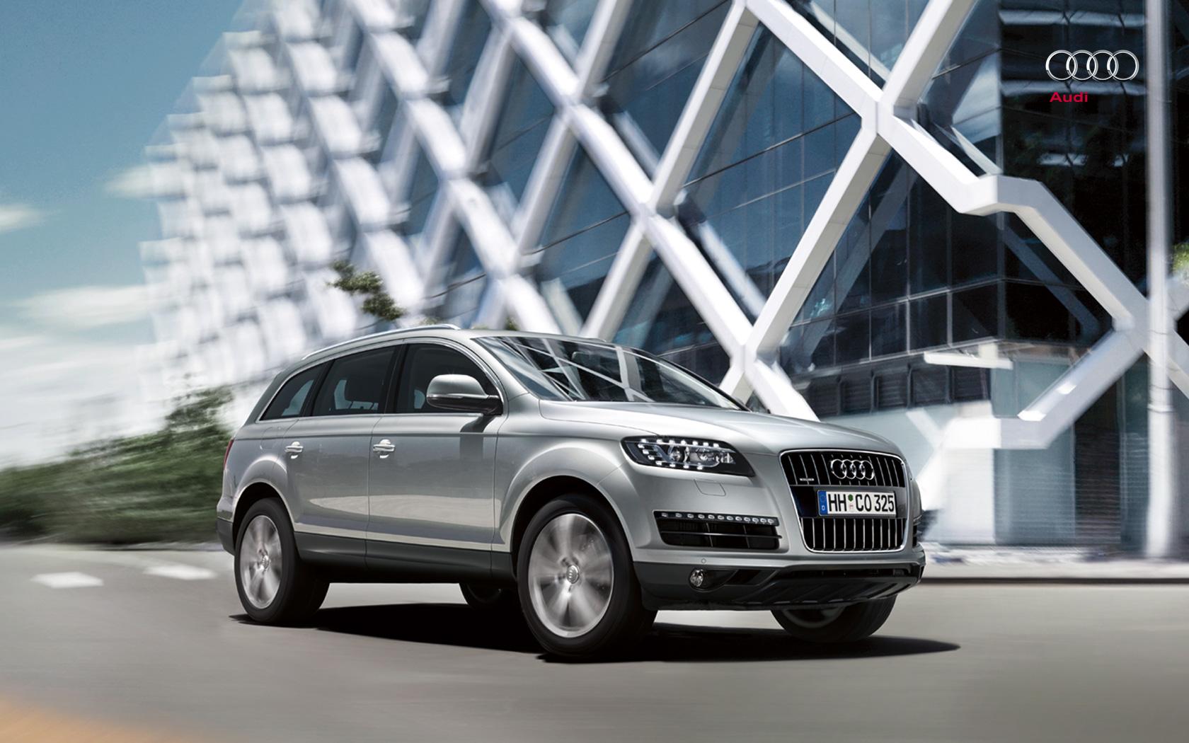 audi wallpaper (Audi Q7)