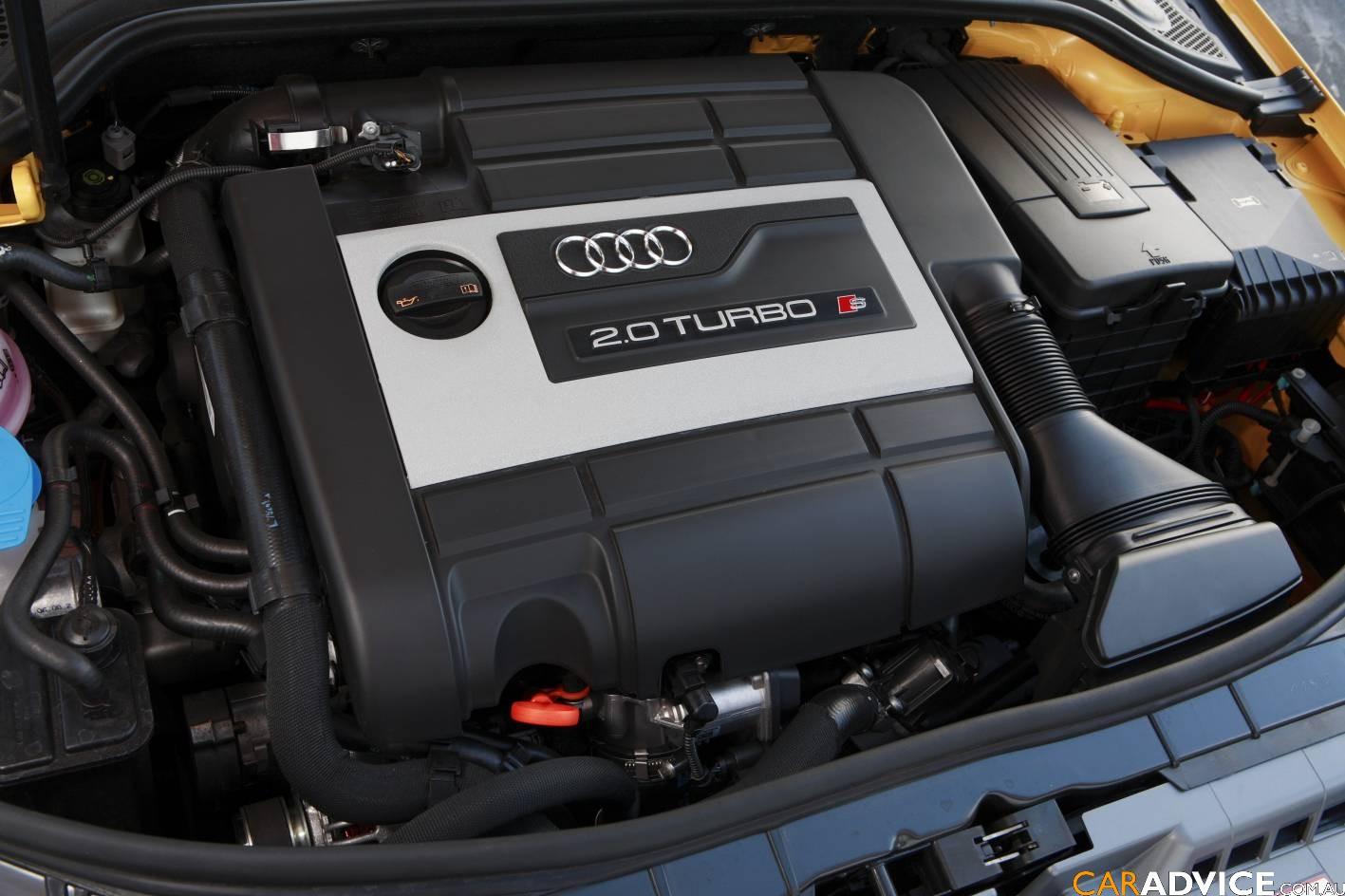 AUDI S3 engine