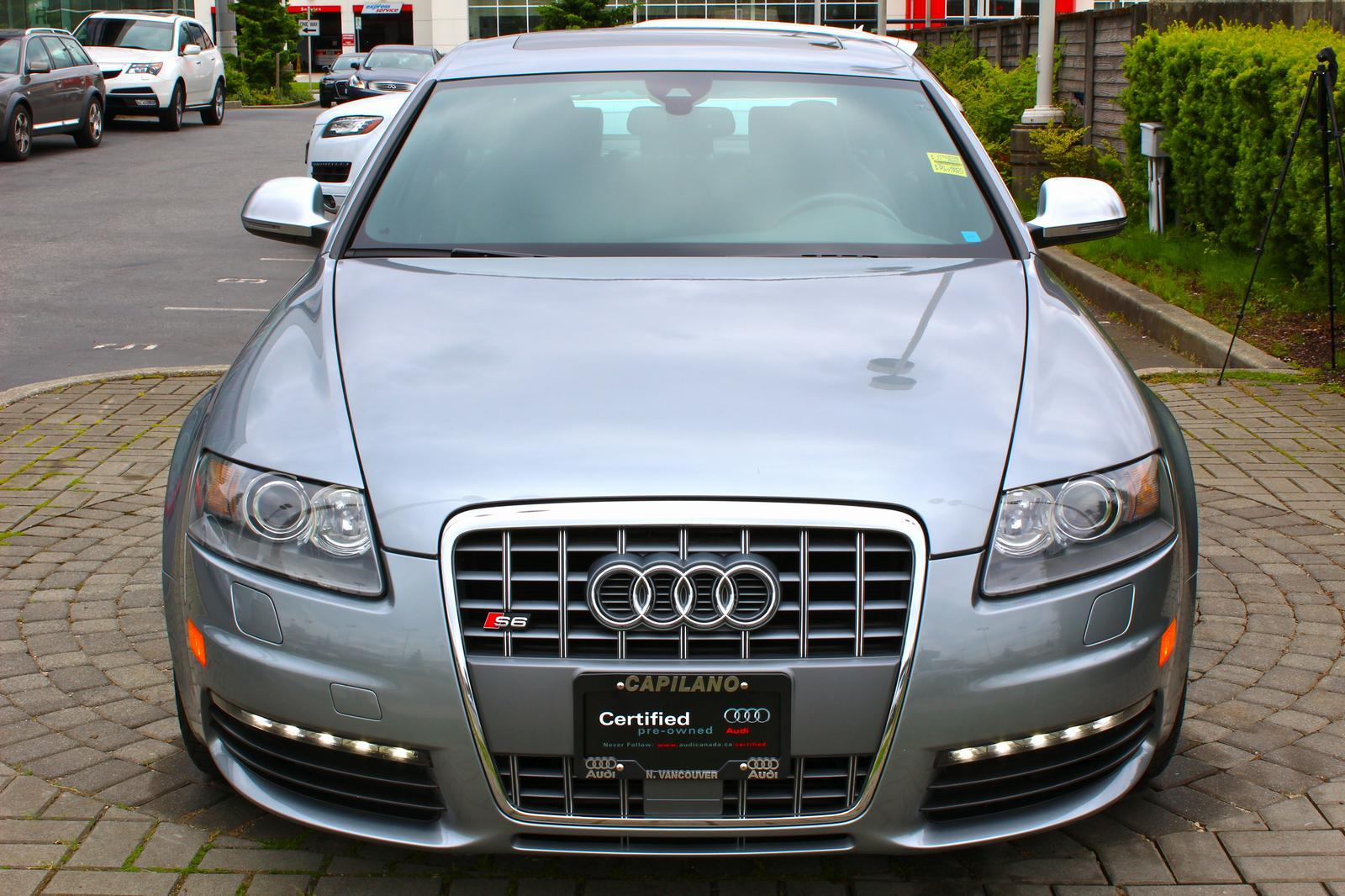 AUDI S6 5.2 red
