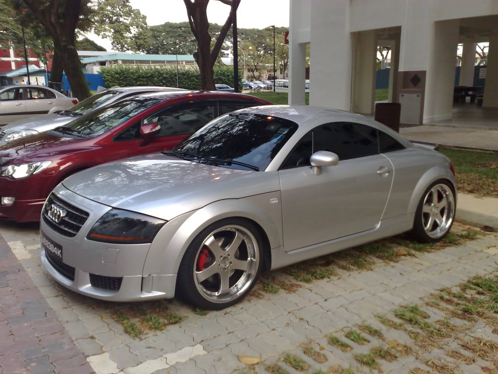 audi tt review and photos. Black Bedroom Furniture Sets. Home Design Ideas