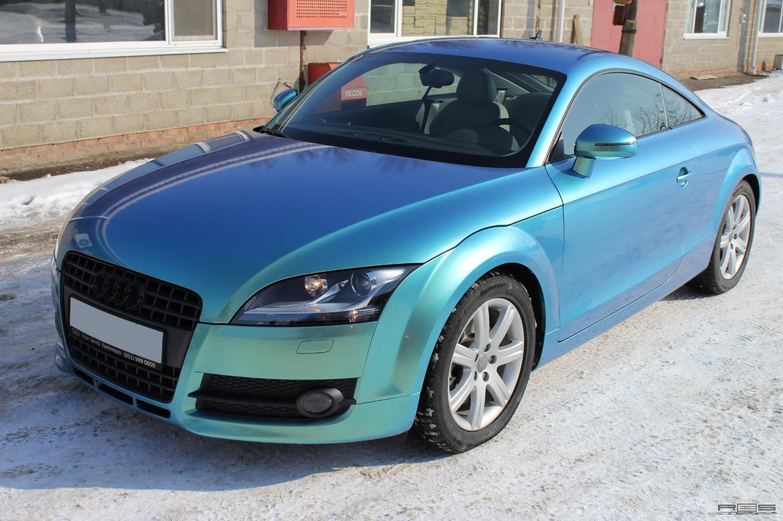 AUDI TT blue