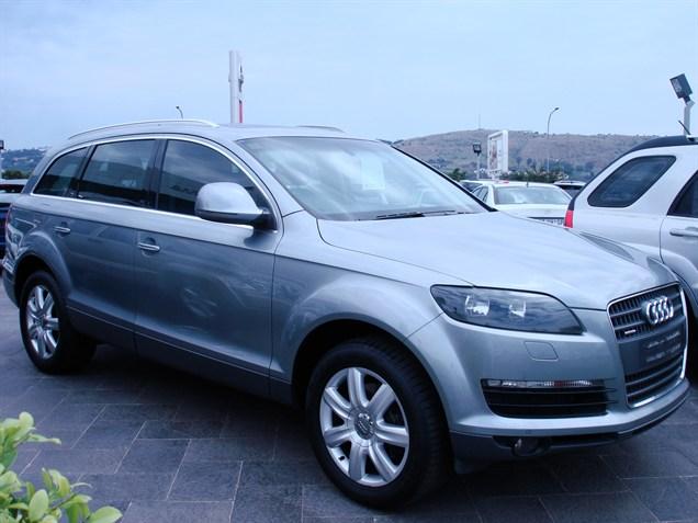 AUDI V8 3.6 QUATTRO interior