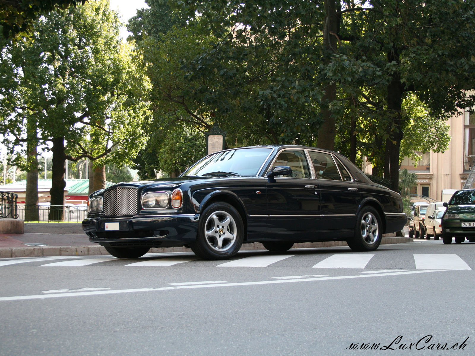 BENTLEY ARNAGE green
