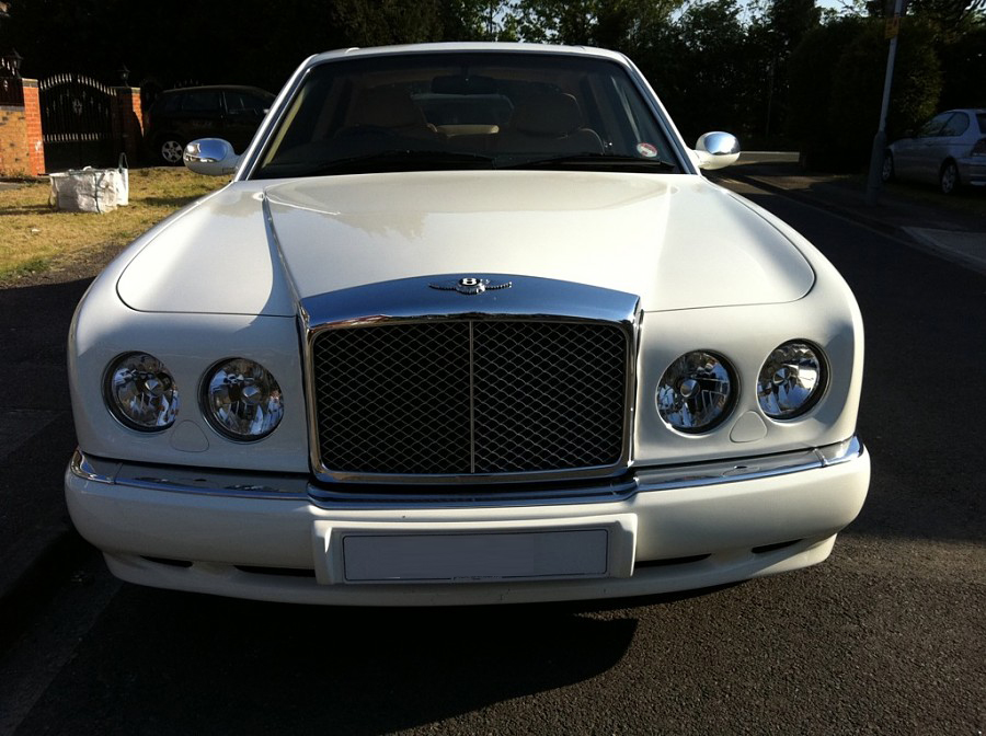 BENTLEY ARNAGE white