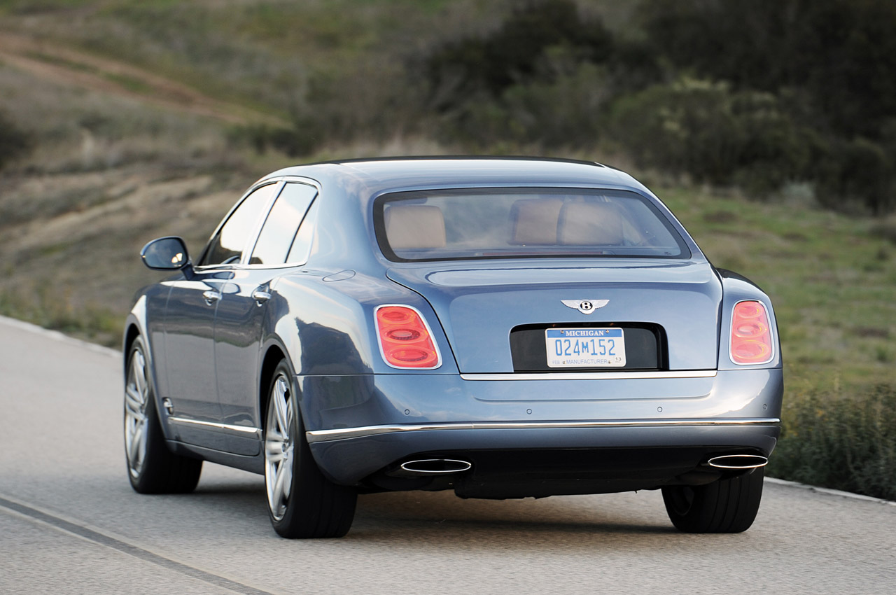 Bentley mulsanne review and photos bentley mulsanne turbo vanachro Image collections
