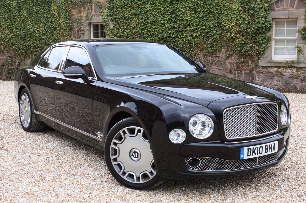 bentley mulsanne review and photos. Black Bedroom Furniture Sets. Home Design Ideas
