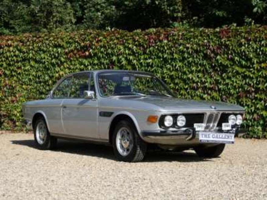 BMW 2800 brown