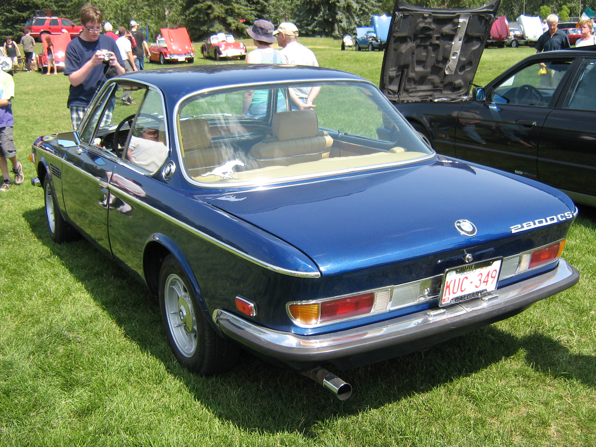 BMW 2800CS blue