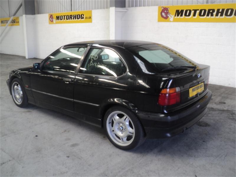BMW 3 316I black