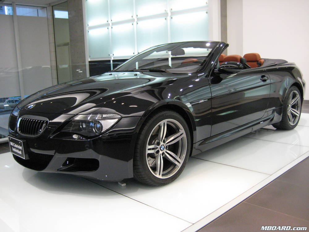 BMW 6 CABRIOLET black