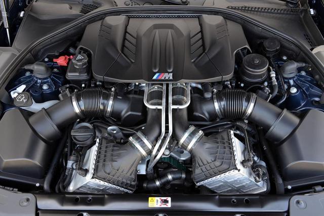 BMW 6 CABRIOLET engine