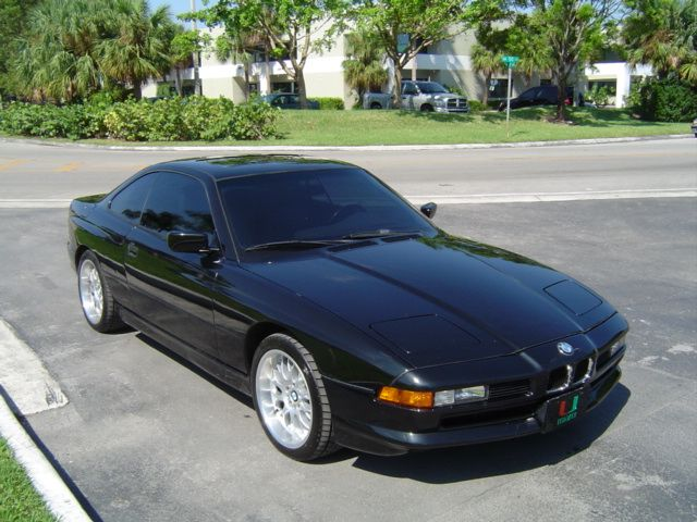 BMW 8 SERIES red