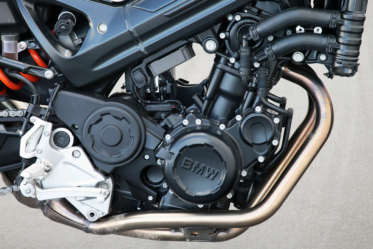 BMW F 800 R engine