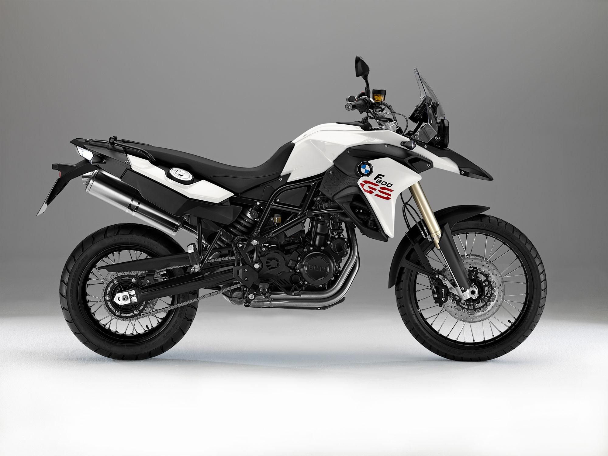 BMW F 800 white