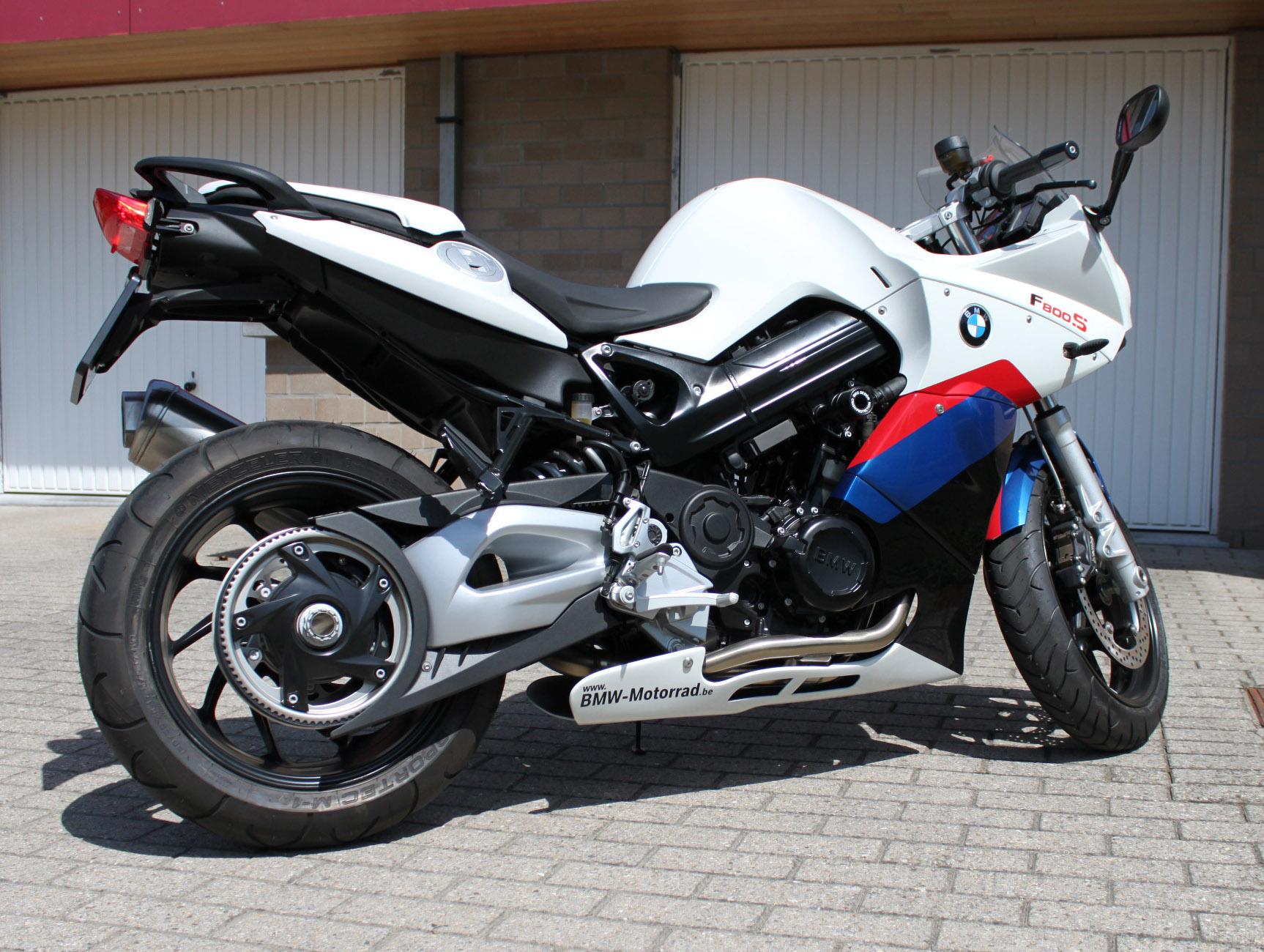 BMW F800S white
