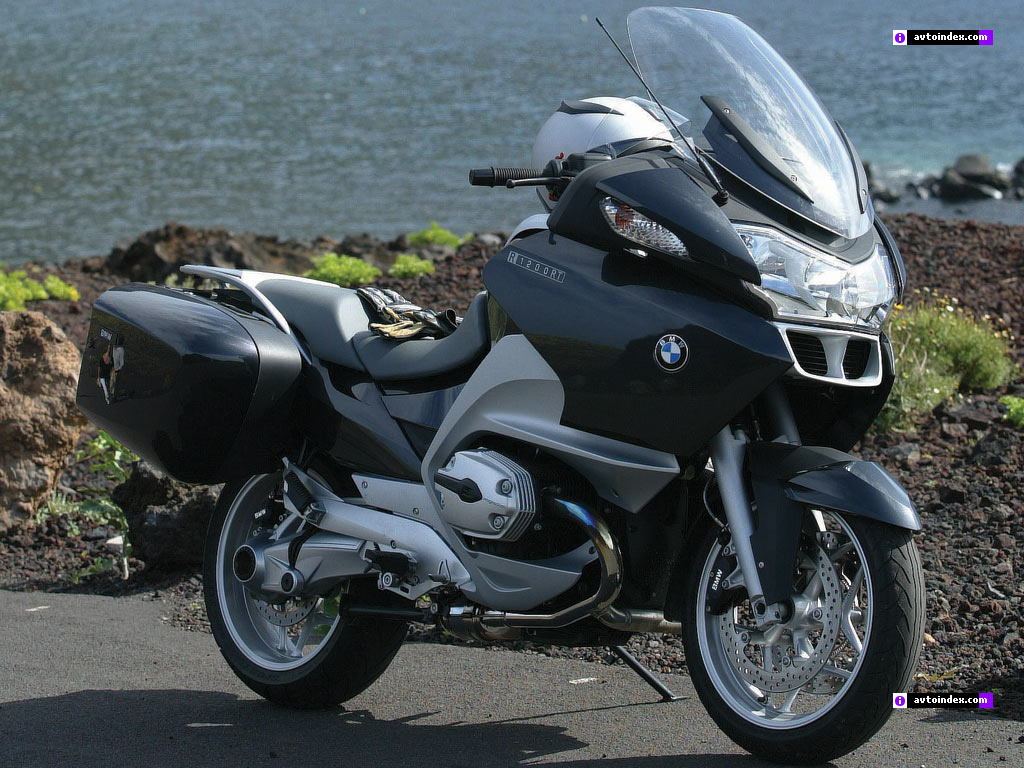 BMW K 1200 RT red