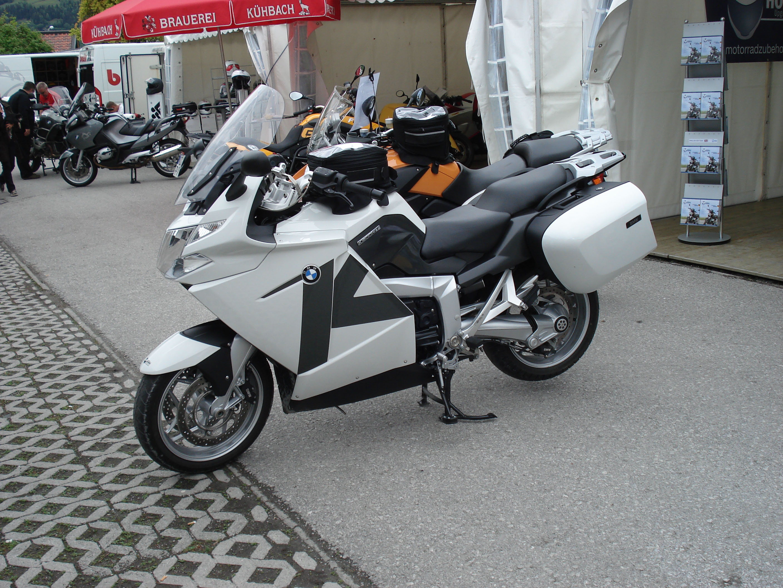 BMW K 1200 white