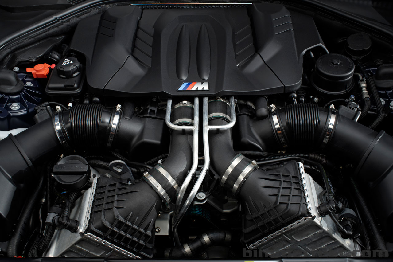 BMW M6 engine