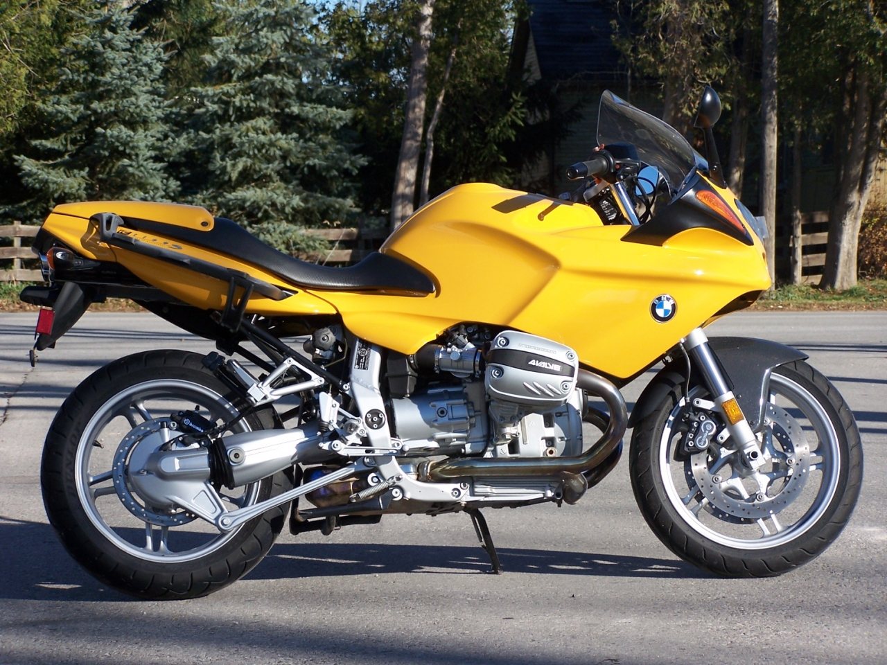 Bmw R1100 Series Review And Photos