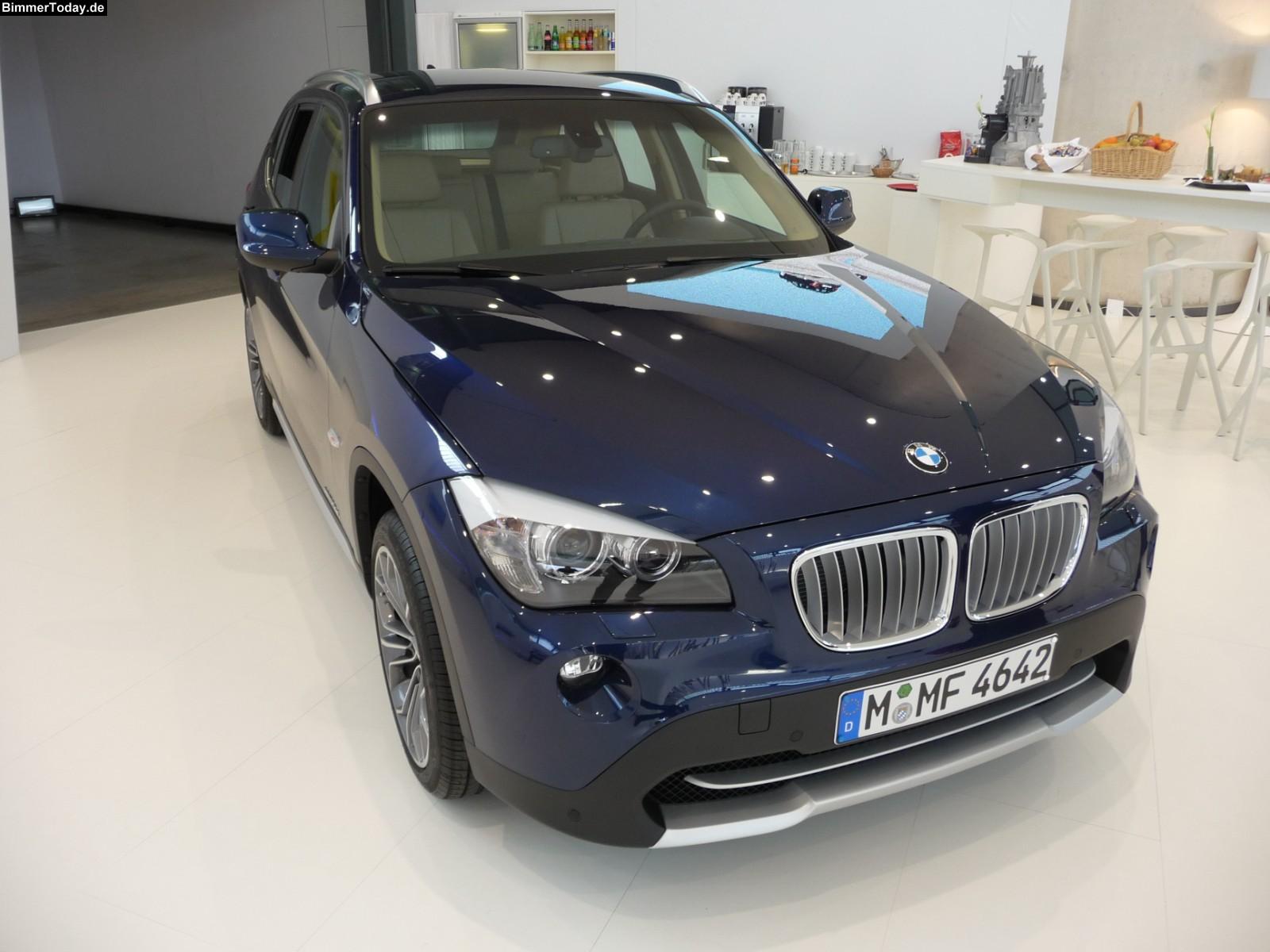 BMW X1 20D blue