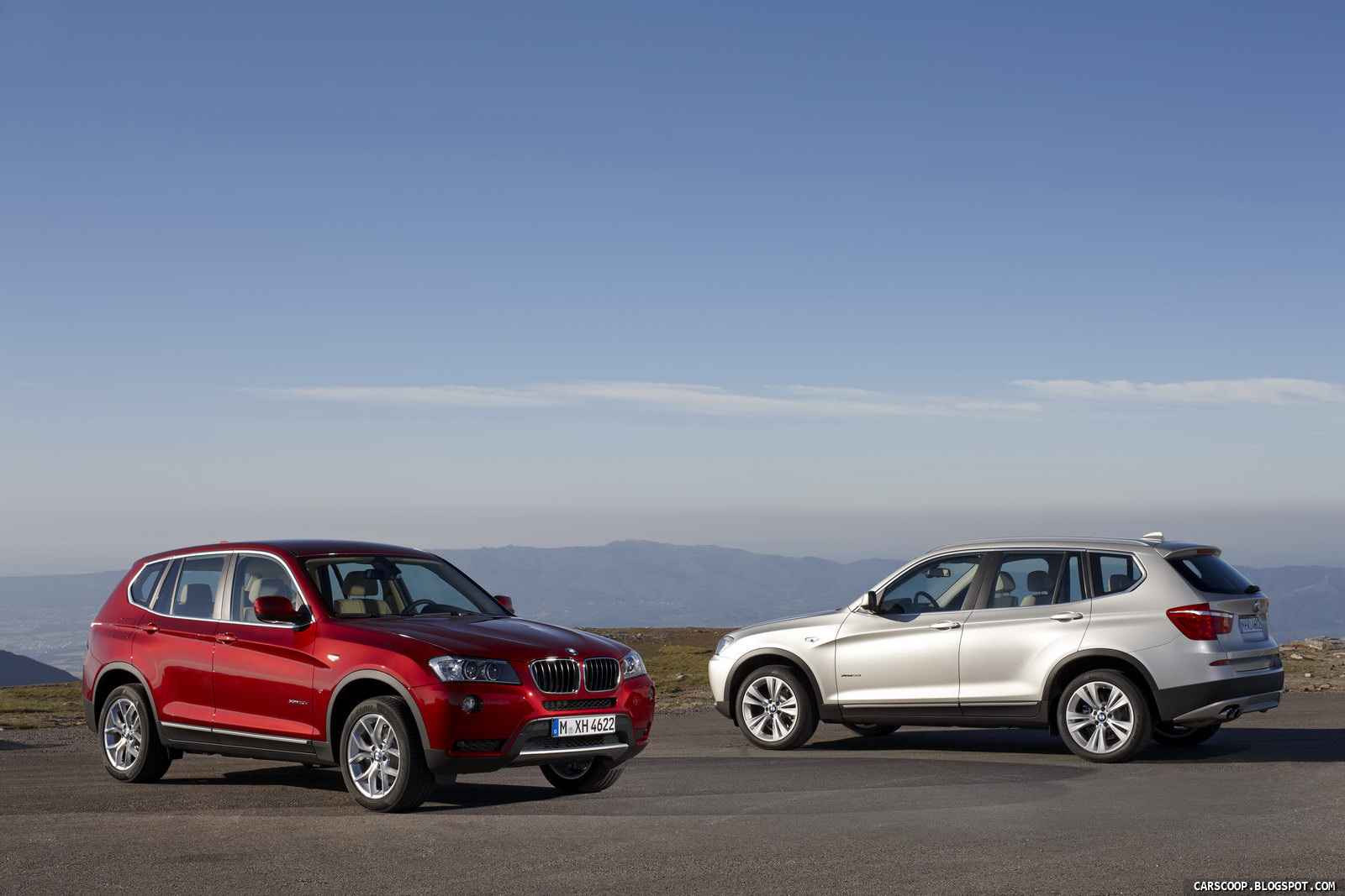 BMW X3 red
