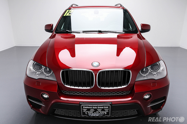 BMW X5 red