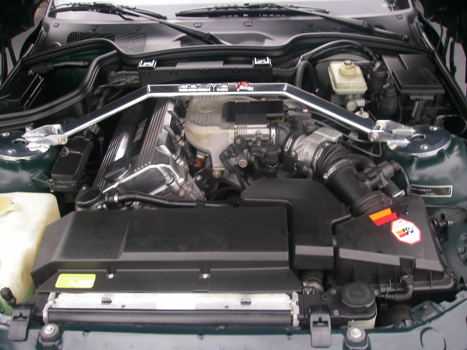 BMW Z3 engine