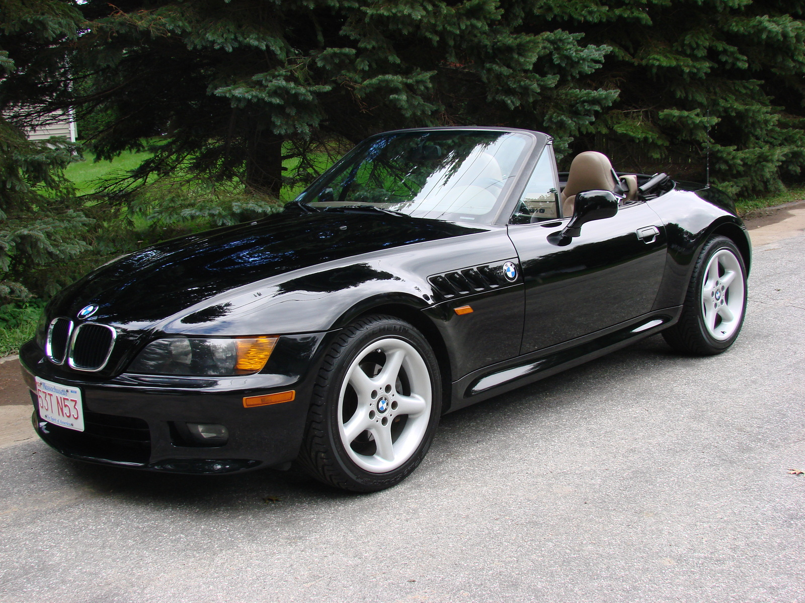 bmw z3 review and photos. Black Bedroom Furniture Sets. Home Design Ideas