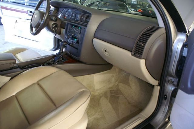 CADILLAC CATERA interior