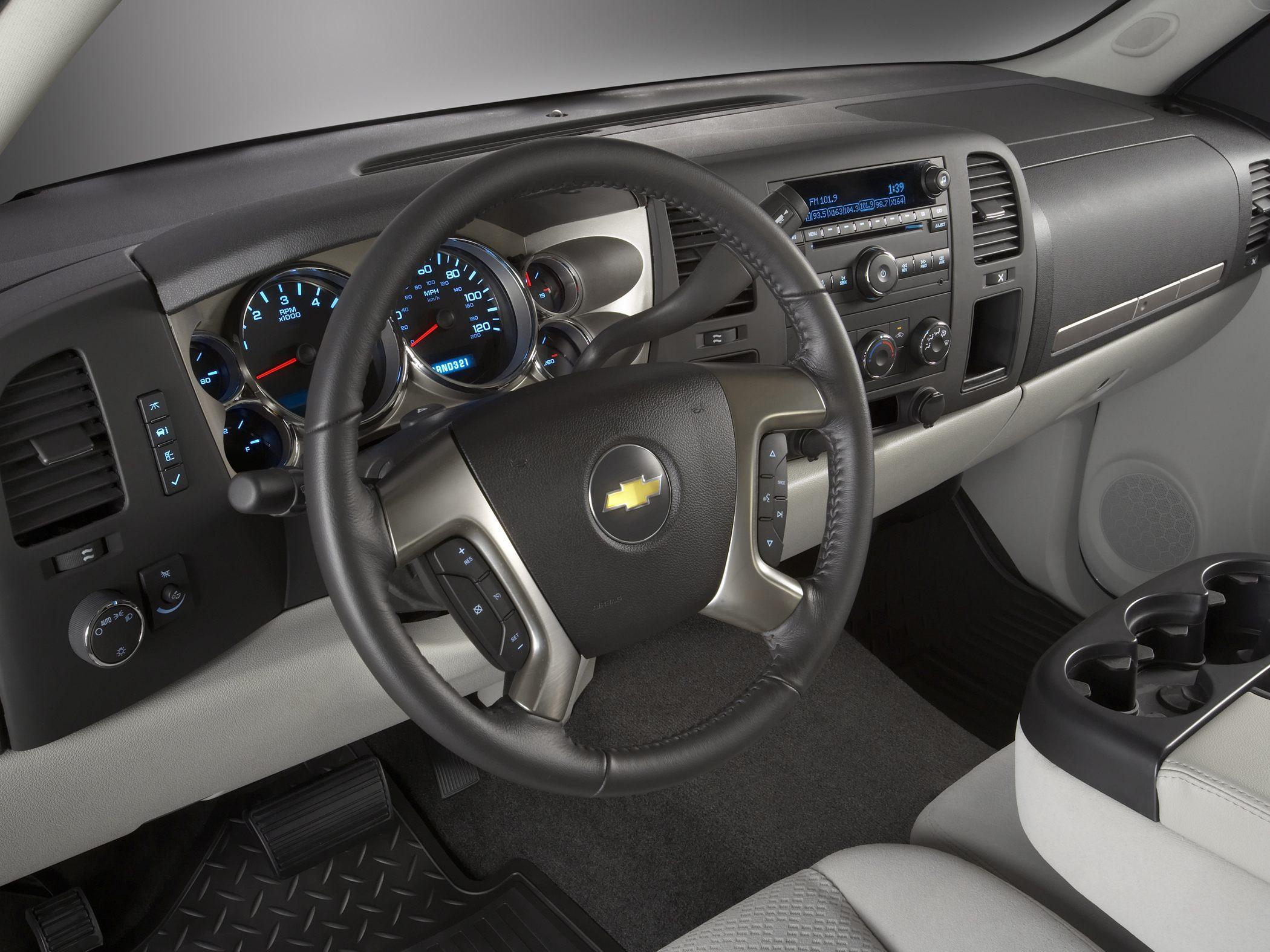 Chevrolet silverado review and photos for Chevrolet interieur