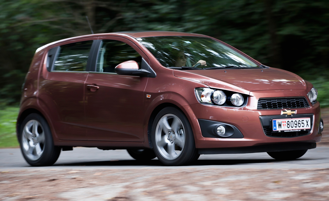 CHEVROLET AVEO brown