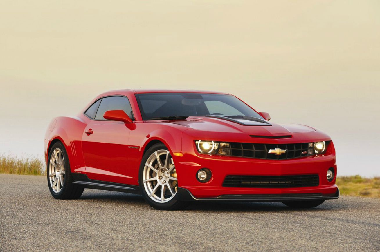 CHEVROLET CAMARO red