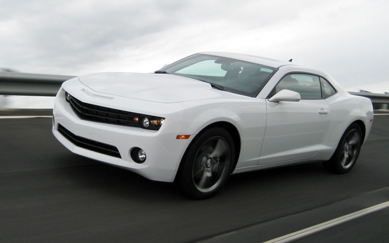 CHEVROLET CAMARO white