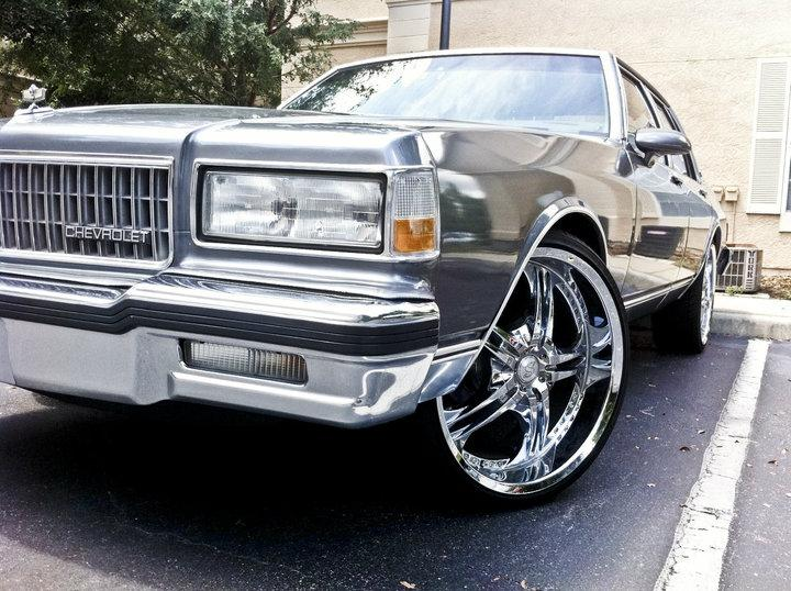CHEVROLET CAPRICE silver
