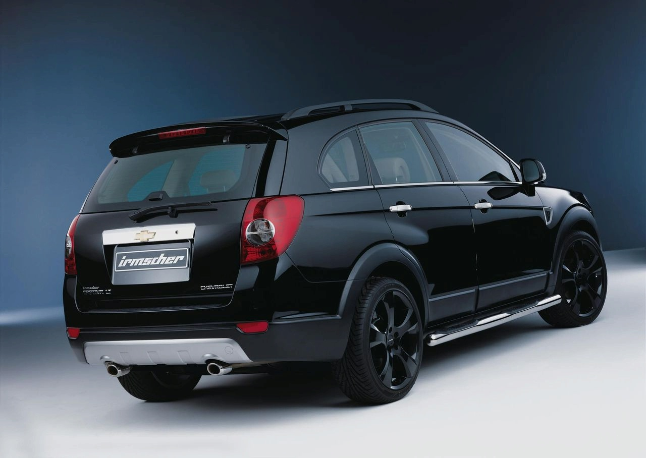 CHEVROLET CAPTIVA black