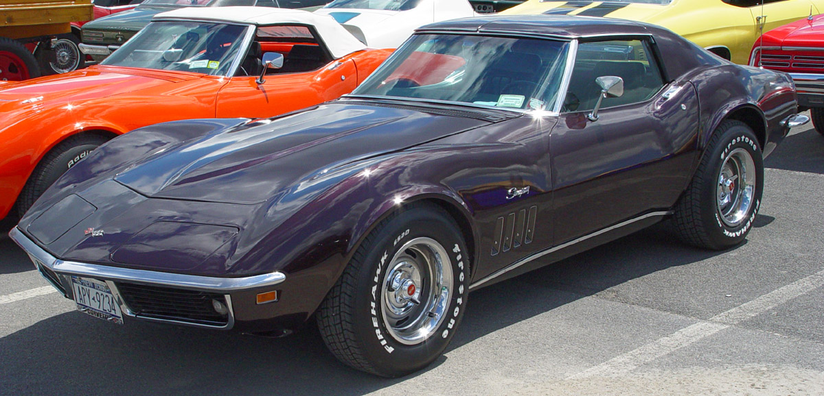 CHEVROLET CORVETTE brown