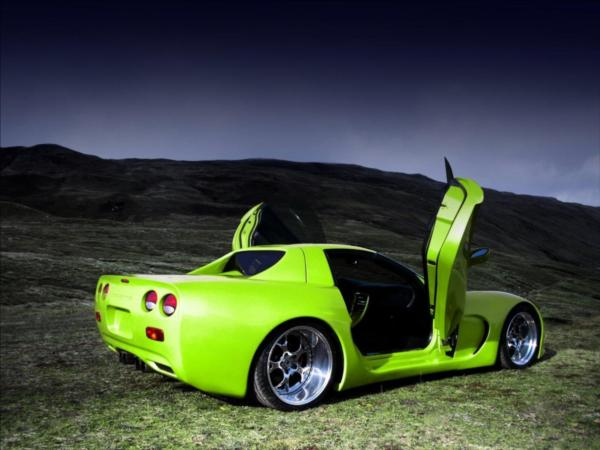 CHEVROLET CORVETTE green