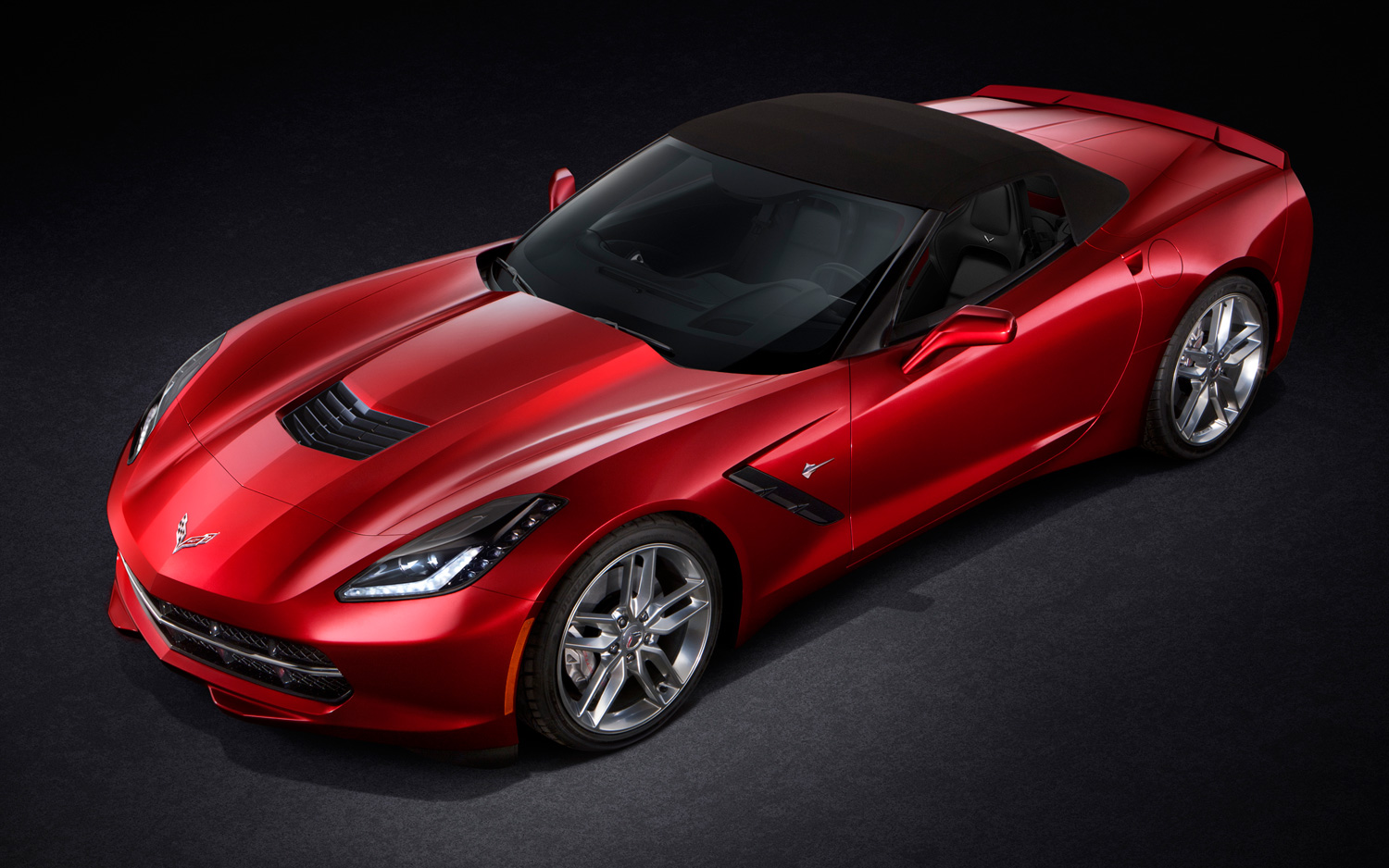 CHEVROLET CORVETTE red