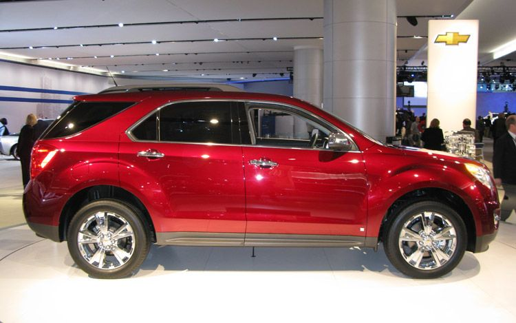 CHEVROLET EQUINOX red