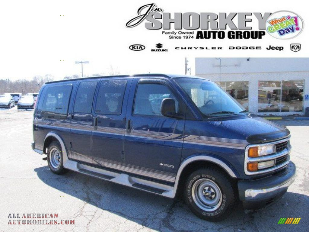 CHEVROLET EXPRESS 1500 blue