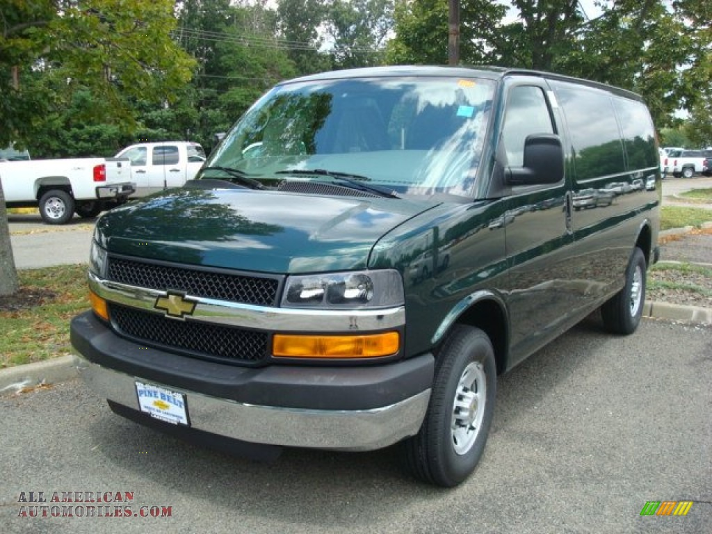 CHEVROLET EXPRESS green