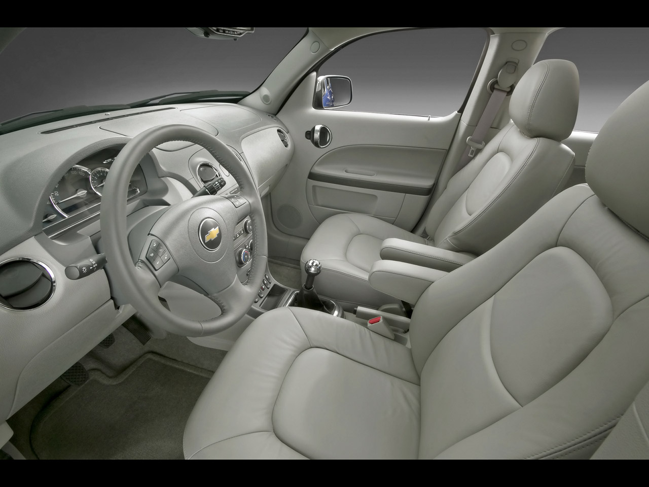 CHEVROLET HHR 2.4 interior