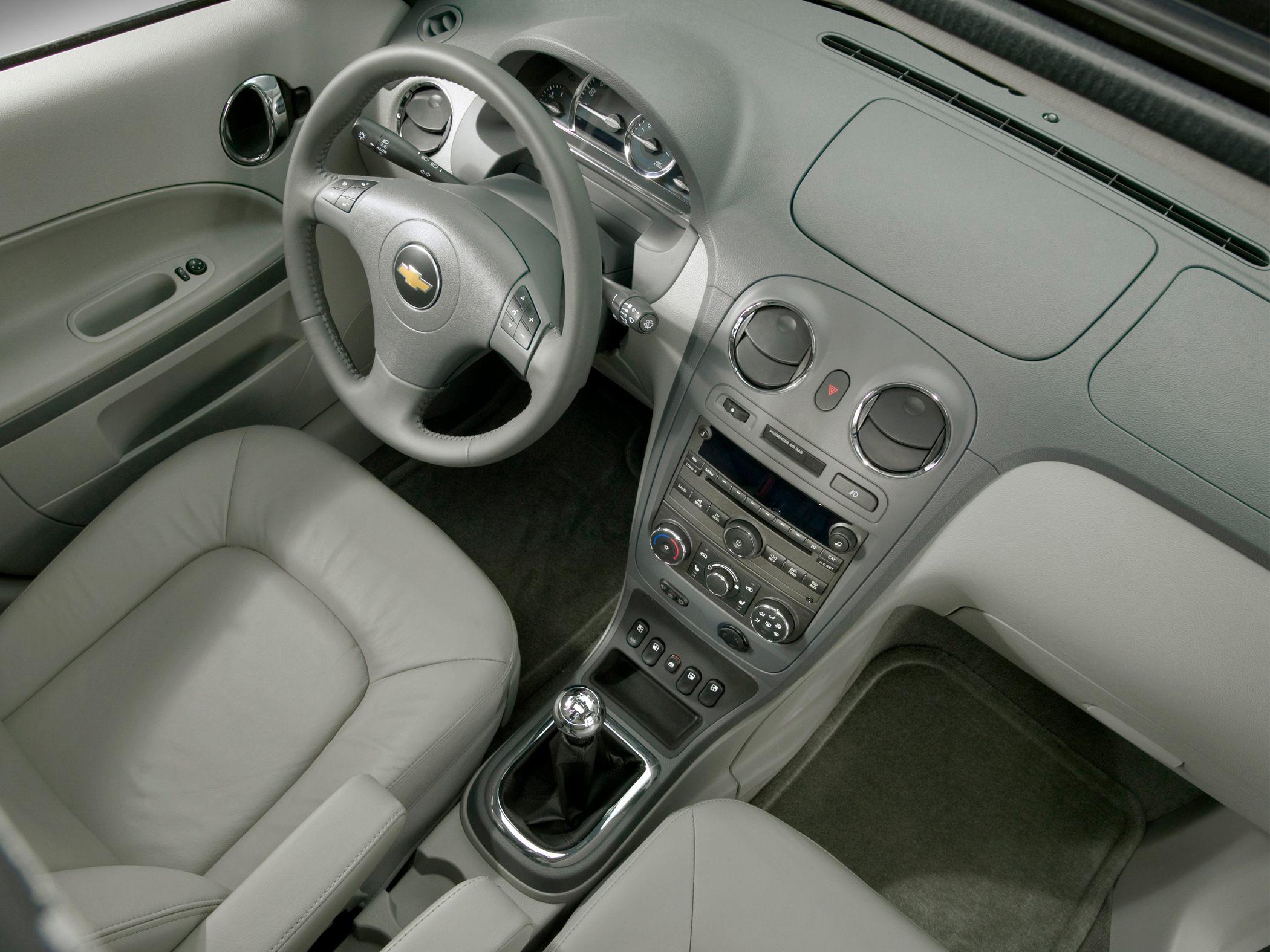 CHEVROLET HHR interior