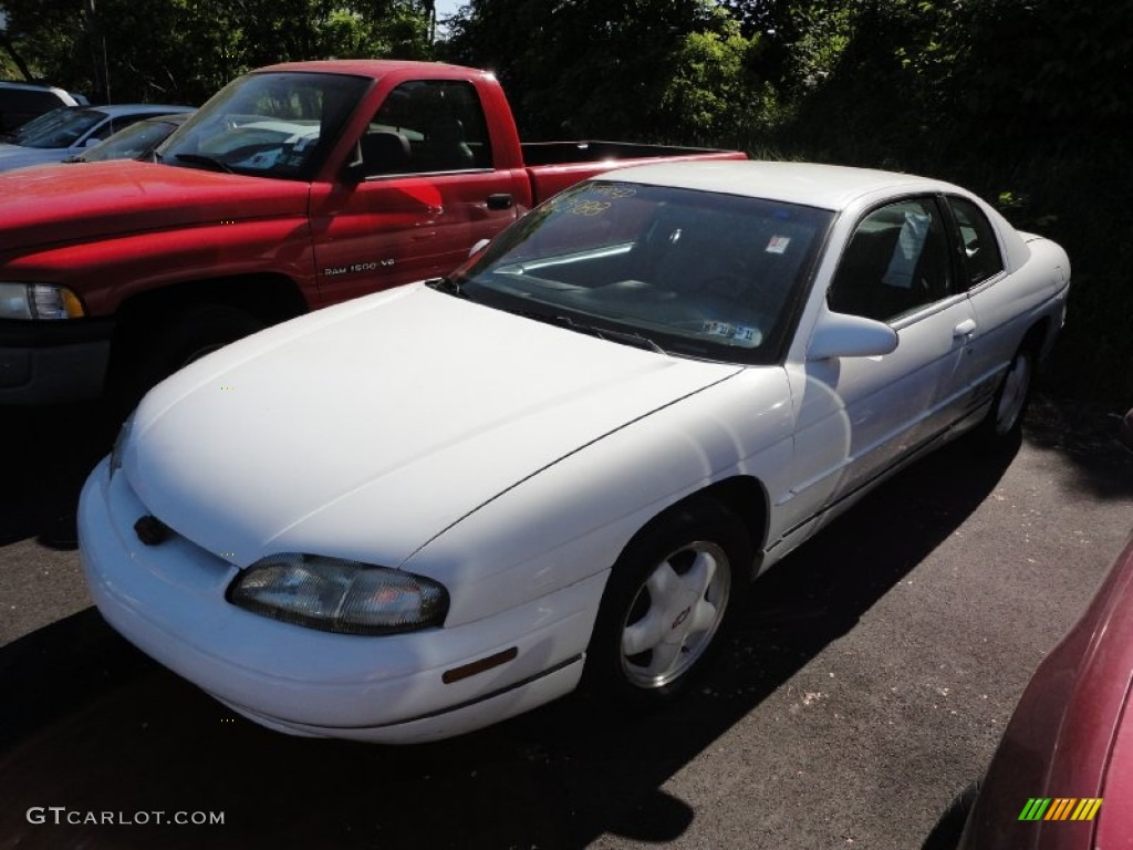 CHEVROLET MONTE CARLO COUPE white